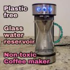 Coffee maker without a plastic water tank reservoir